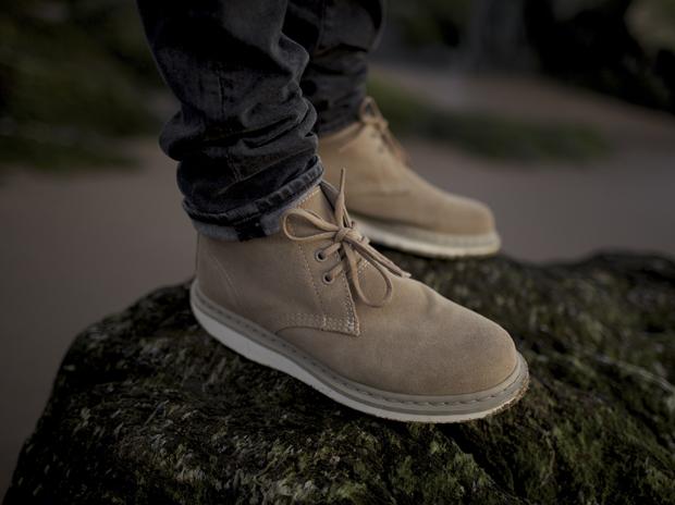 Dr Martens: Manton Desert Boot   The