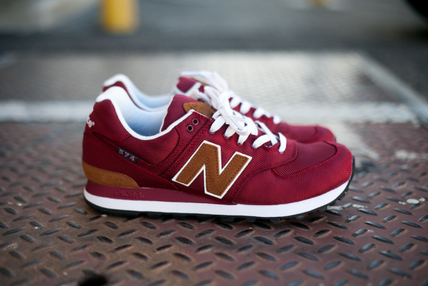 new balance 574 white blue red horizontal striped