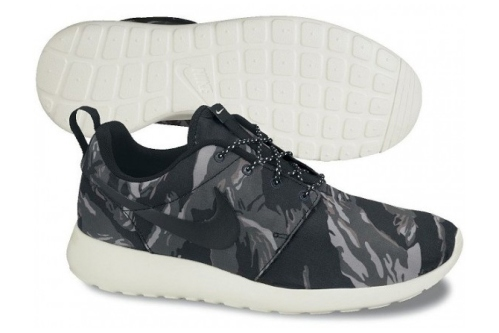 nike-roshe-run-gpx-black-tiger-camo-1