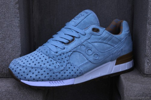play-cloths-x-saucony-shadow-5000-cotton-candy-pack-6-570x380