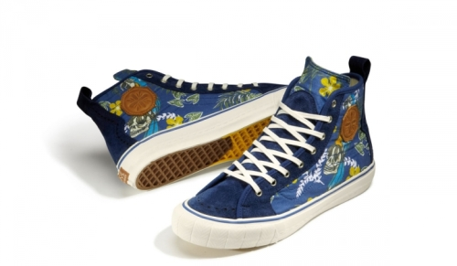 Vault-by-Vans_TH-Court-Hi-LX_TH-Paradise_Classic-Blue_Fall-2013_full-pair-720x420