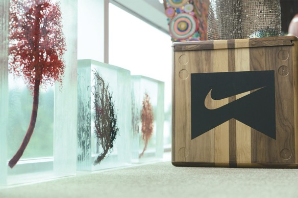 a-look-inside-nike-ceo-mark-parkers-office-9