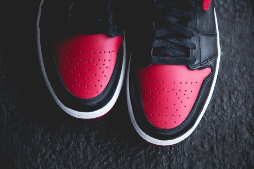 air-jordan-1-retro-bred-preview-3