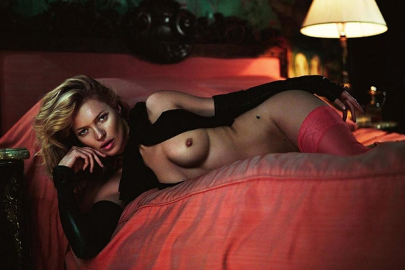 kate-moss-by-mert-marcus-for-playboys-60th-anniversary-4