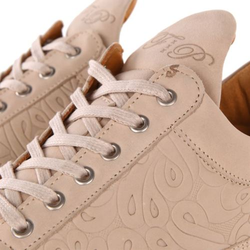 Filling Pieces | The Style Raconteur