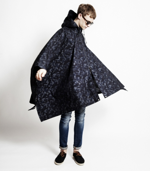 MQT Denim Poncho | The Style Raconteur
