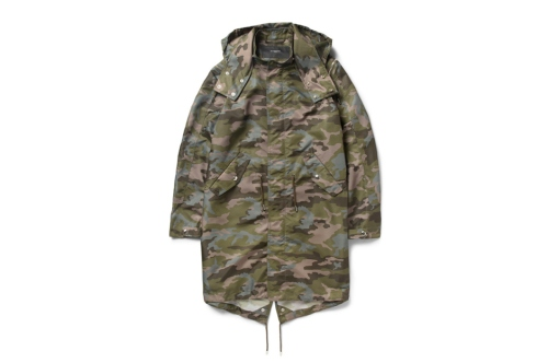 givenchy-camouflage-print-hooded-parka-01