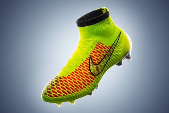 nike-football-unveils-magista-boot-002-960x640