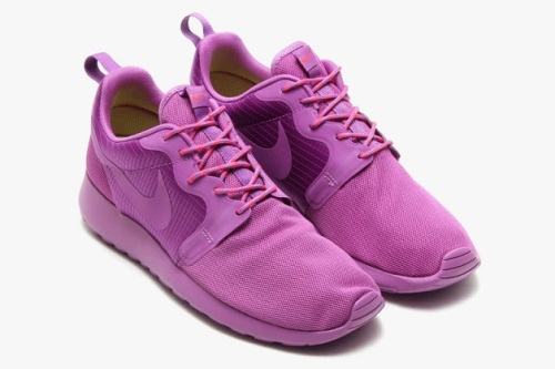 nike-roshe-run-hyperfuse-spring-2014-monochromatic-pack-06-630x419