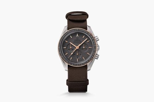 omega-speedmaster-apollo-11-seamaster-300-coaxial-01