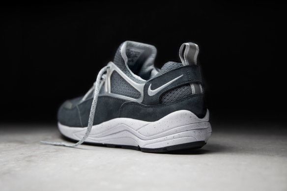 footpatrol-x-nike-air-huarache-light-cement-4