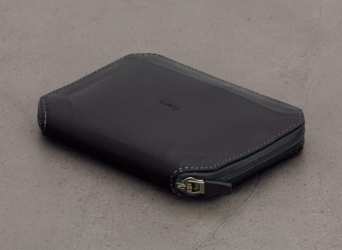 1_bellroy-weta-black-texture-bellroywebsite-01.1405317682