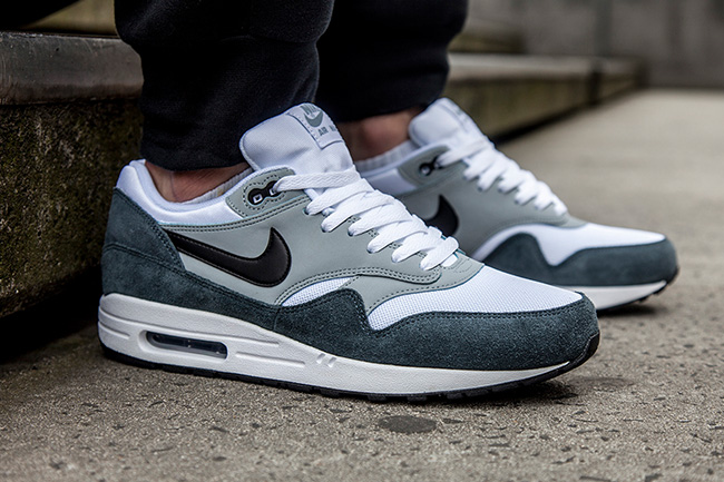 Air Max 1 Pierre Grise 2004 Chevy
