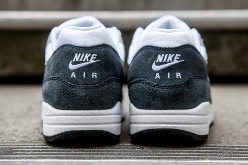 Nike Air Max Light & Dark Grey 2014 | The Style Raconteur