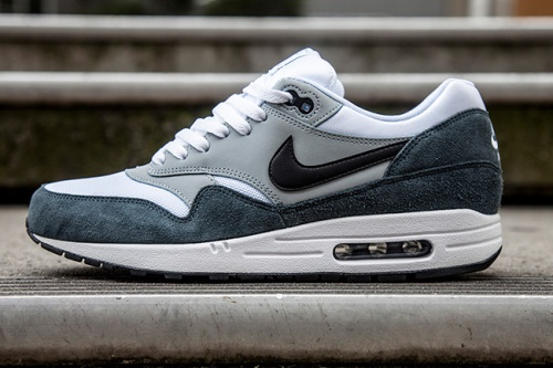 Nike Air Max Light & Dark Grey 2014 | The Style Raconteur