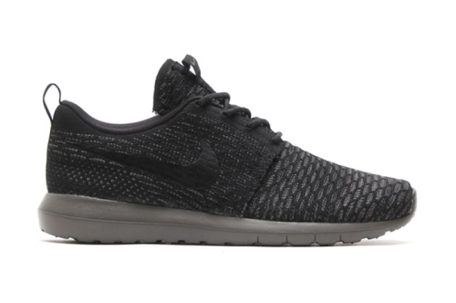 Nike Flyknit Roshe Run Midnight Fog | The Style Raconteur