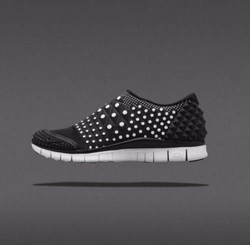 nike-free-orbit-ii-sp-polka-dot-pack-051-570x559