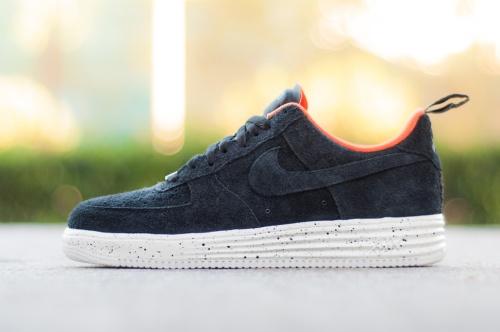 Nike-AF1-UNDFTD-1
