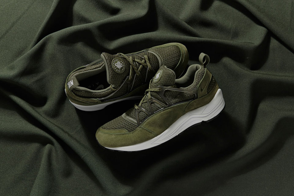 nike-air-huarache-light-midnight-forrest-sneaker-pack- ... e04e02448
