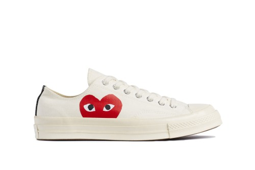 comme-des-garcons-play-converse-chuck-taylor-all-star-70-6-960x640